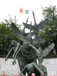 Children of Lir statue | Ireland Luxury Tour Operator