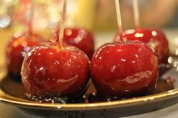 Candy apples | Small Group Tours Ireland